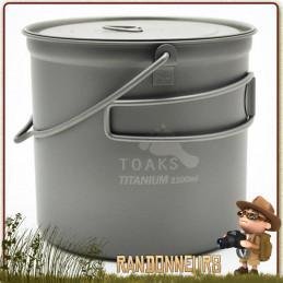 popote Titane avec anse de Toaks est un pot en titane ultra léger pour la randonnée ultra light. D'un volume de 1.1 L